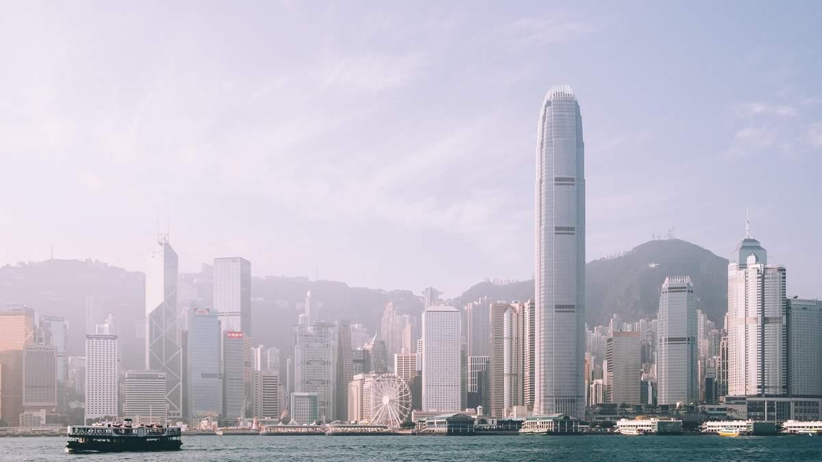 Глобальні компанії мають намір вийти з Гонконгу через плани США
