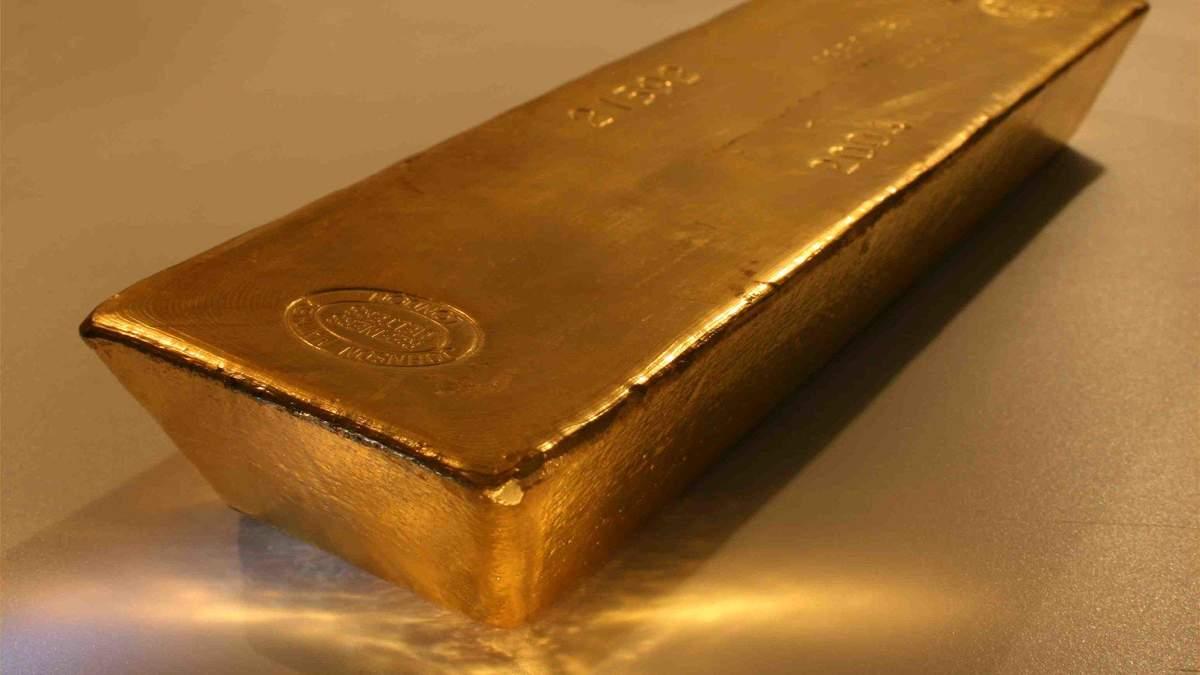Золото подешевшало на тлі зростання фондових ринків і цін на нафту: останні дані