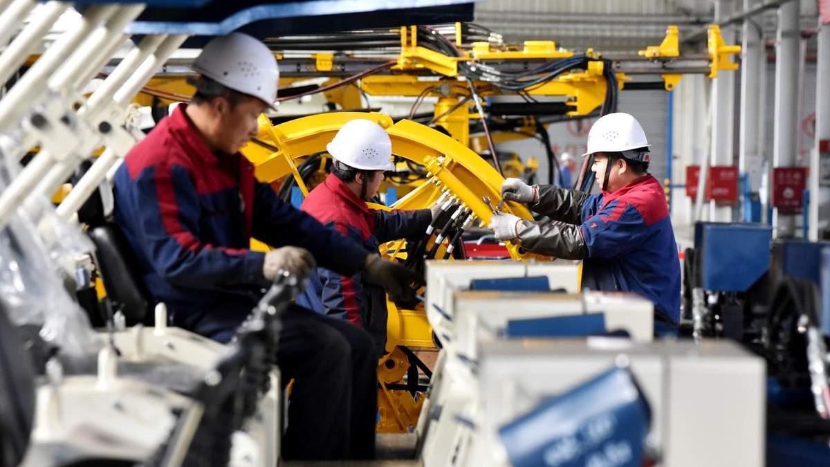 Промисловість Китаю рекордно зростає на фоні світової кризи