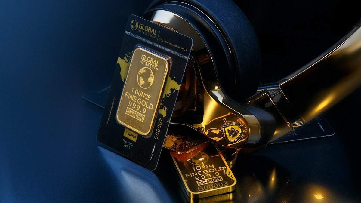 Золото дорожает, безработица в США растет – цена металла