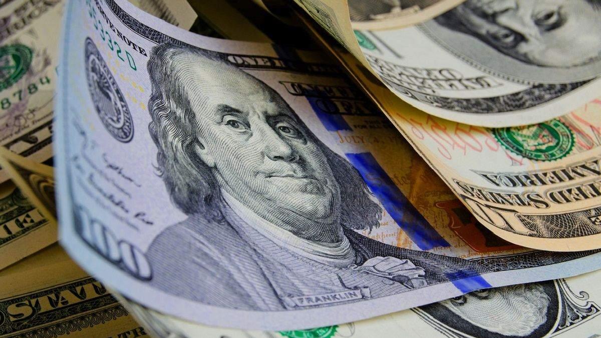 Наличный курс валюты 1 октября: доллар стабилен, а евро дорожает