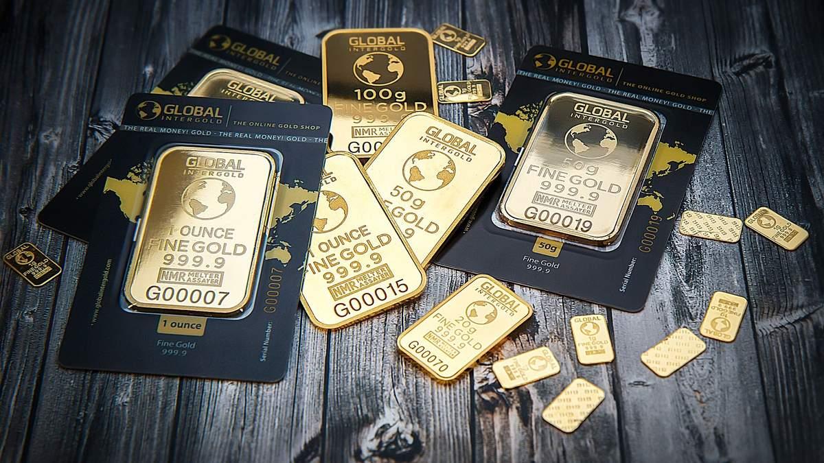 Золото може рекордно подорожчати: у Goldman Sachs спрогнозували коли і наскільки