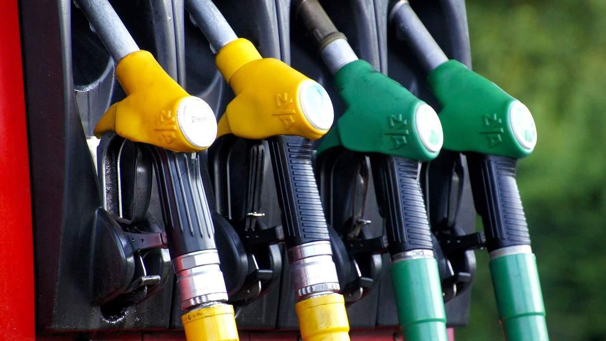 Нафта стрімко подорожчає у 2021: прогноз ціни від Goldman Sachs