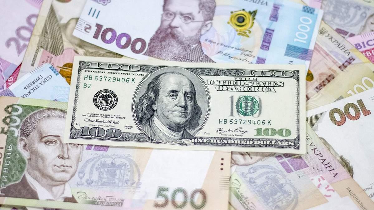 Готівковий курс валют 14 грудня: гривня знову додала у ціні