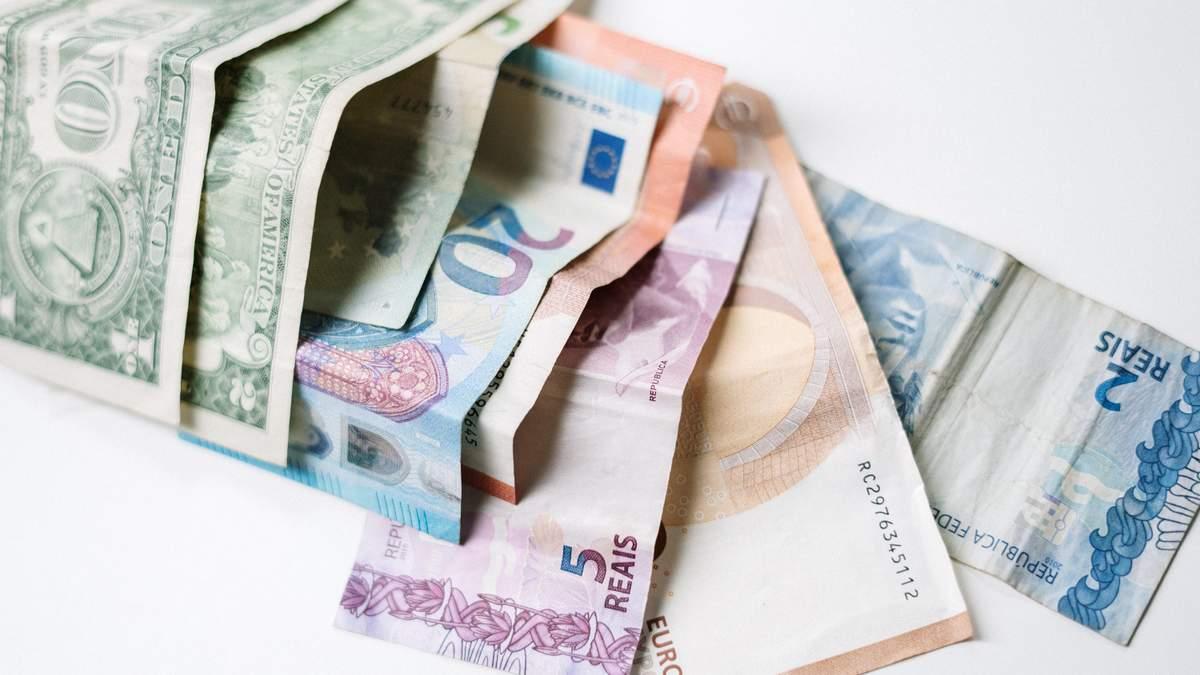 Курс валют на 14 апреля: доллар и евро стремительно растут в цене