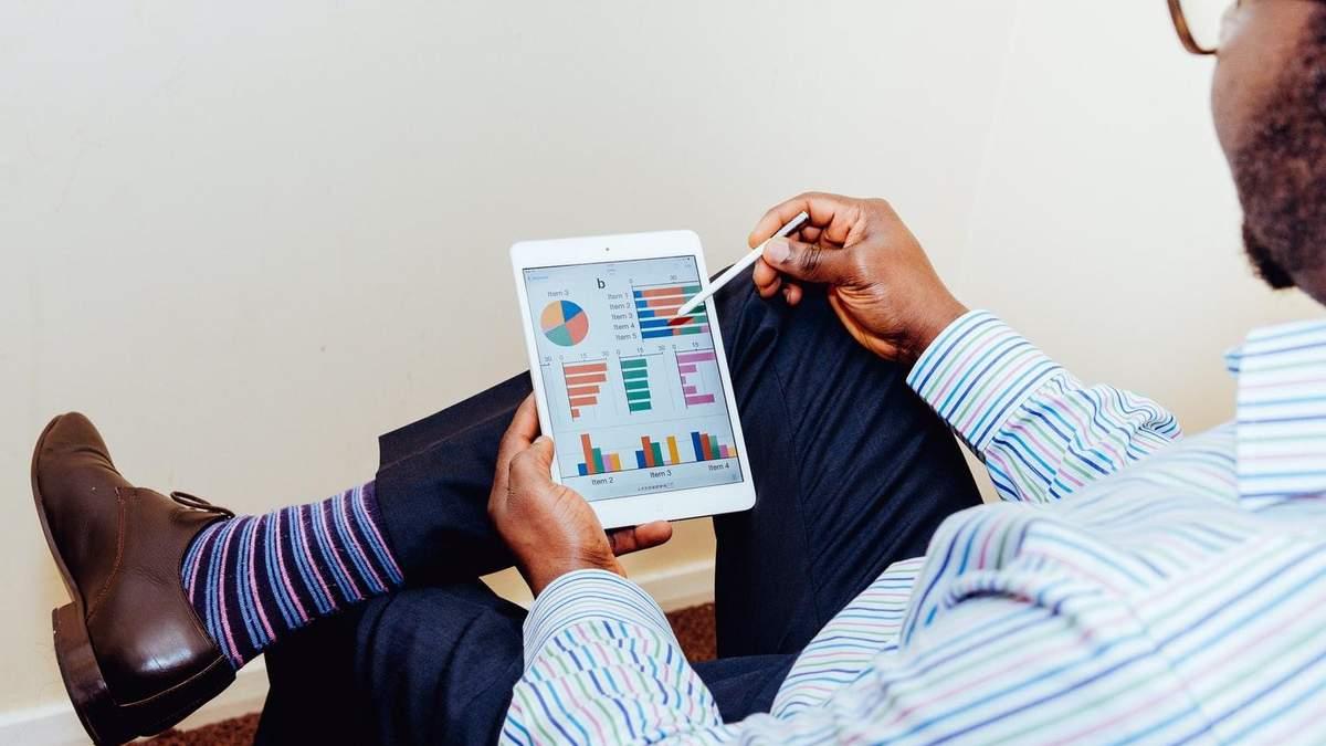 Фахівці радять інвестувати в технологічний сектор
