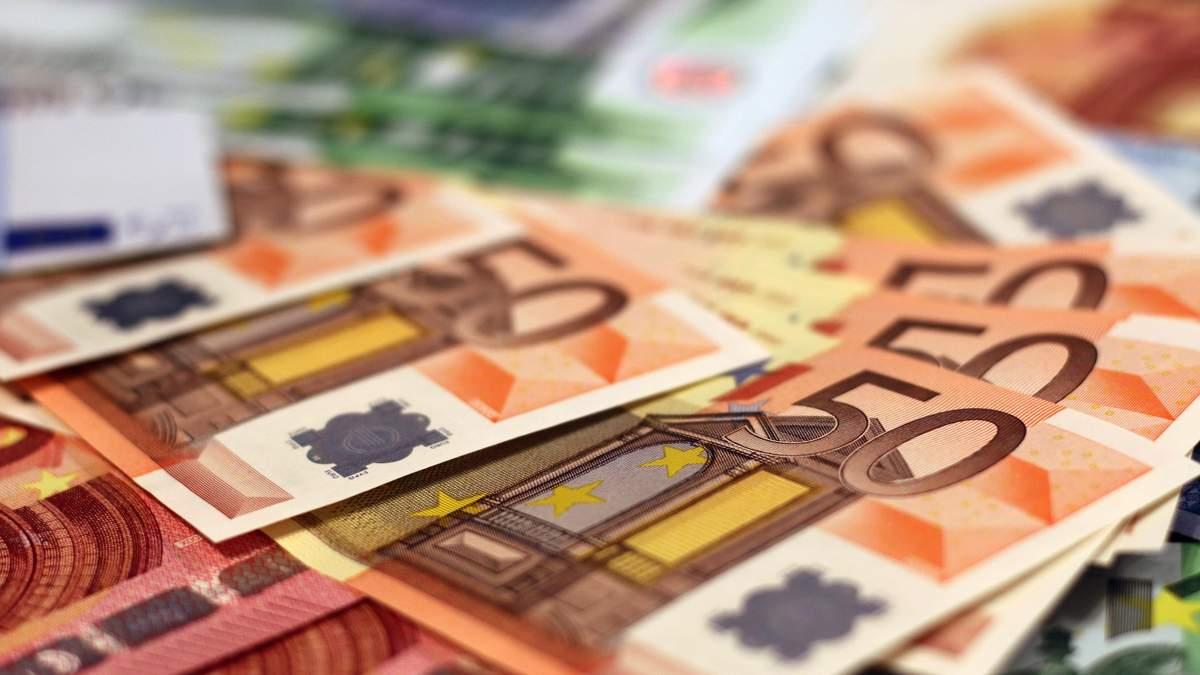 Курс долара, євро – курс валют НБУ на 6 травня 2021