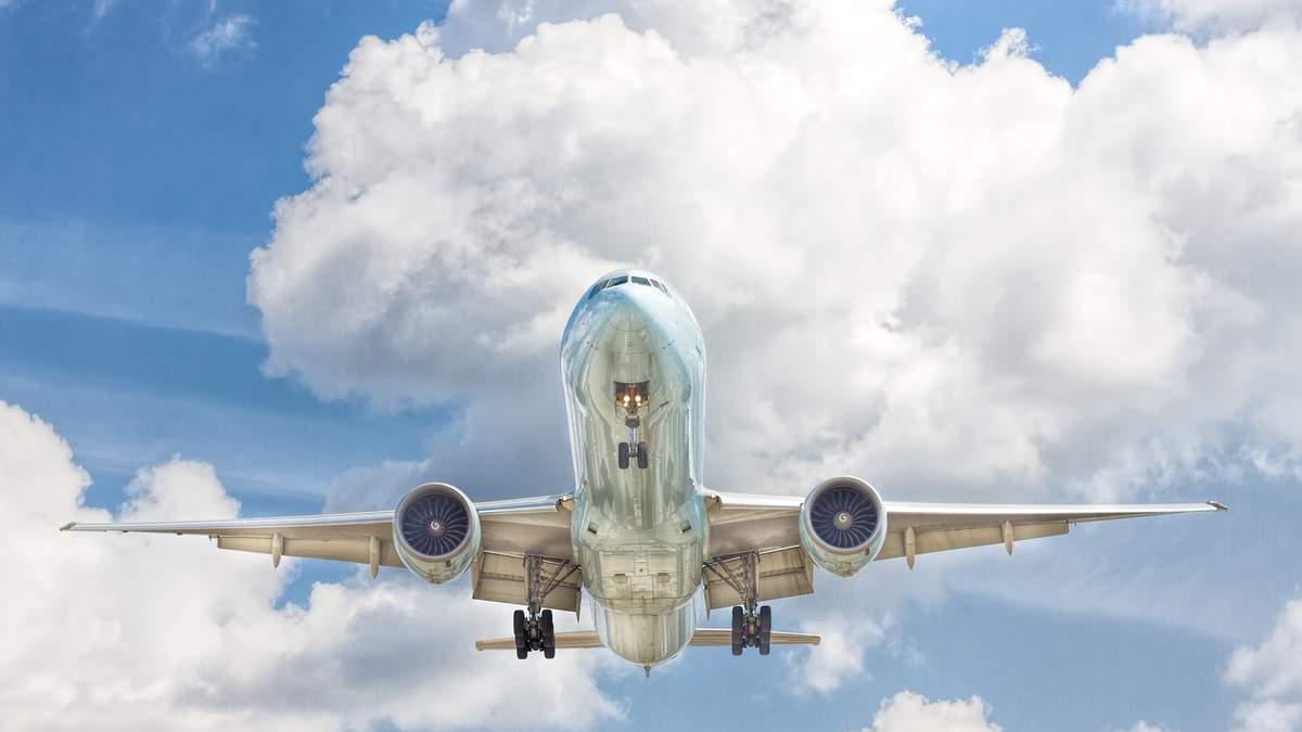 Авіакомпанії відмовляються від нафтового хеджування