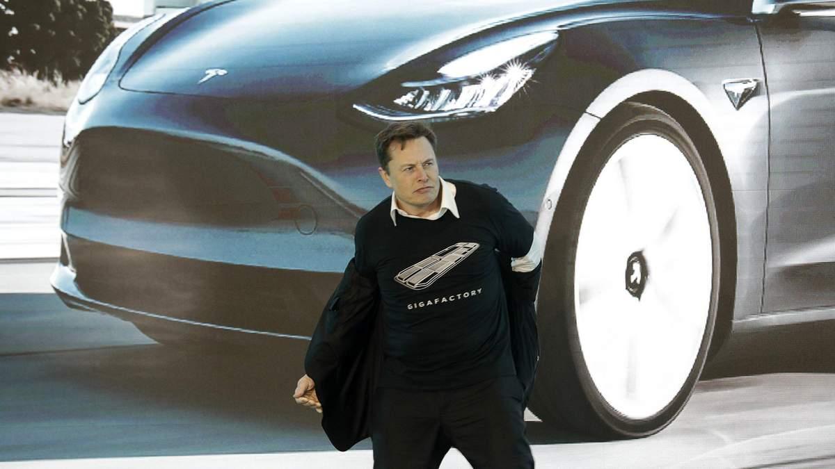 Илон Маск потерял второе место в списке миллиардеров