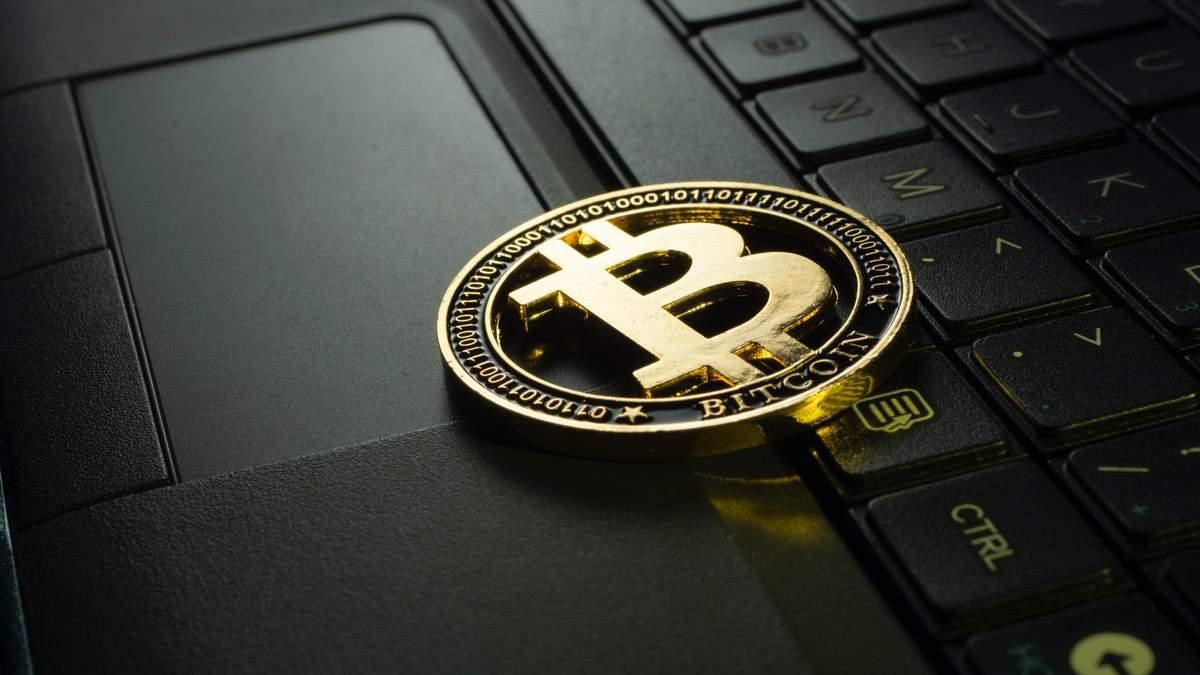 Криптоаманець хакерів зламали