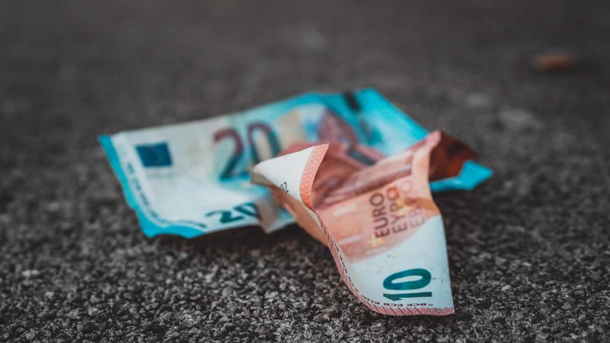 Курс євро 18 червня 2021 року впав до мінімуму з серпня 2020 року