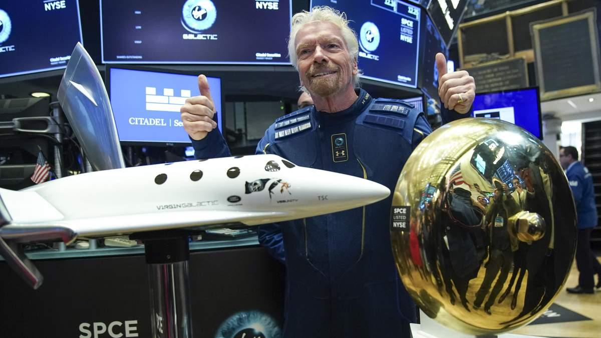 Ричард Брэнсон стал первым туристом в космосе