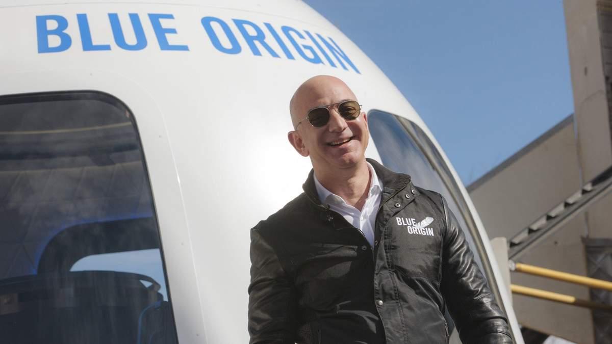 Джефф Безос здійснив успішний політ у космос