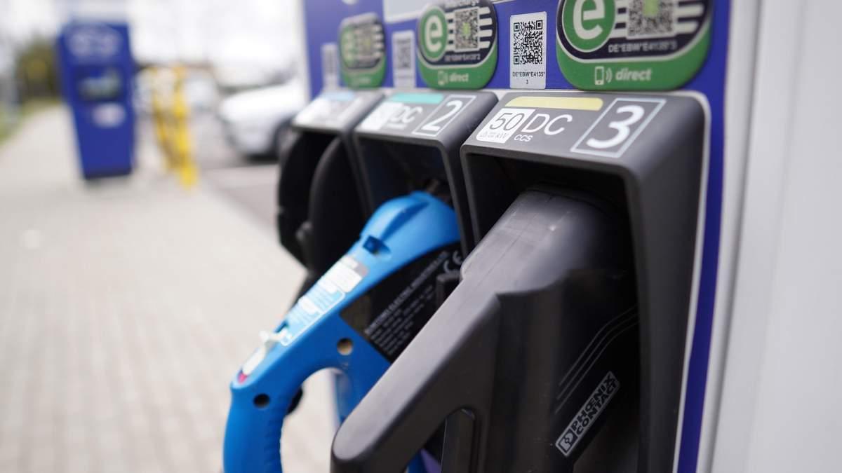 Свинцевий бензин остаточно заборонили у всьому світі - нафта новини - Фінанси