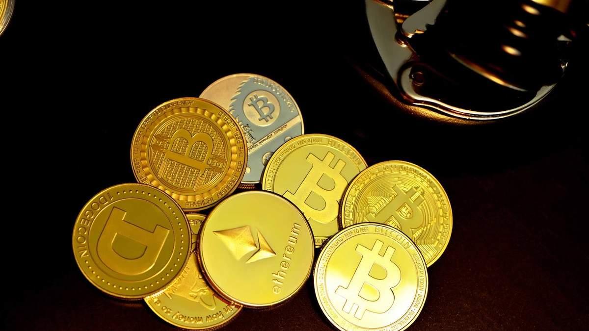 Биткоин и Ethereum начали стремительно падать в цене: главная причина обвала - новости биткоина - Финансы