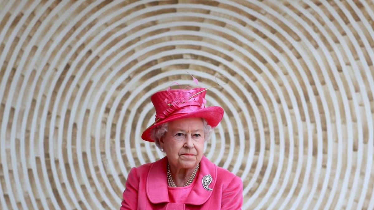 Слід  королеви Британії у Pandora Papers на 91 мільйон: як це пов'язано з лідером Азербайджану - Фінанси