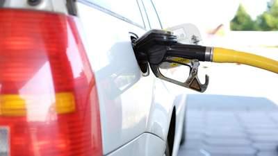 Що чекає на ринок нафти у 2021: чи варто інвестувати зараз