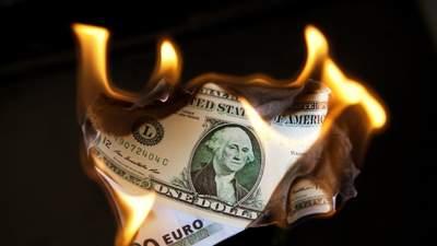 Долар демонструє найгірші показники з початку травня: чому нацвалюта США втрачає позиції