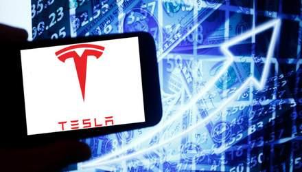 Tesla, Apple или Facebook: как украинцам инвестировать в акции ведущих мировых компаний