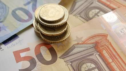 Готівковий курс на 26 лютого: євро різко подешевшало після стрибка в ціні