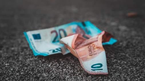 Евро упал до минимума с августа 2020 года: почему укрепляется гривна